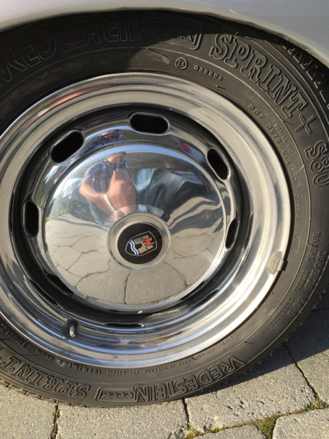 ENFIN ! un nouveau conducteur de Karmann Cabriolet... - Page 3 150415100331936224