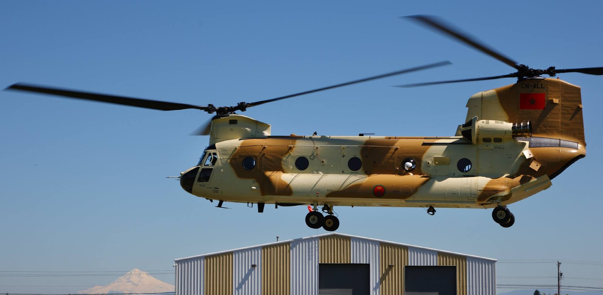 CH-47D CHINOOK des Forces Royales Air  150419063102167362