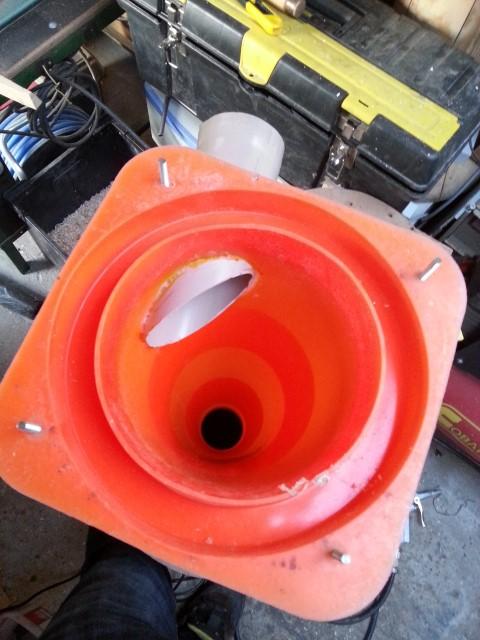 aspirateur cyclonique (encore un) 150421101616513335