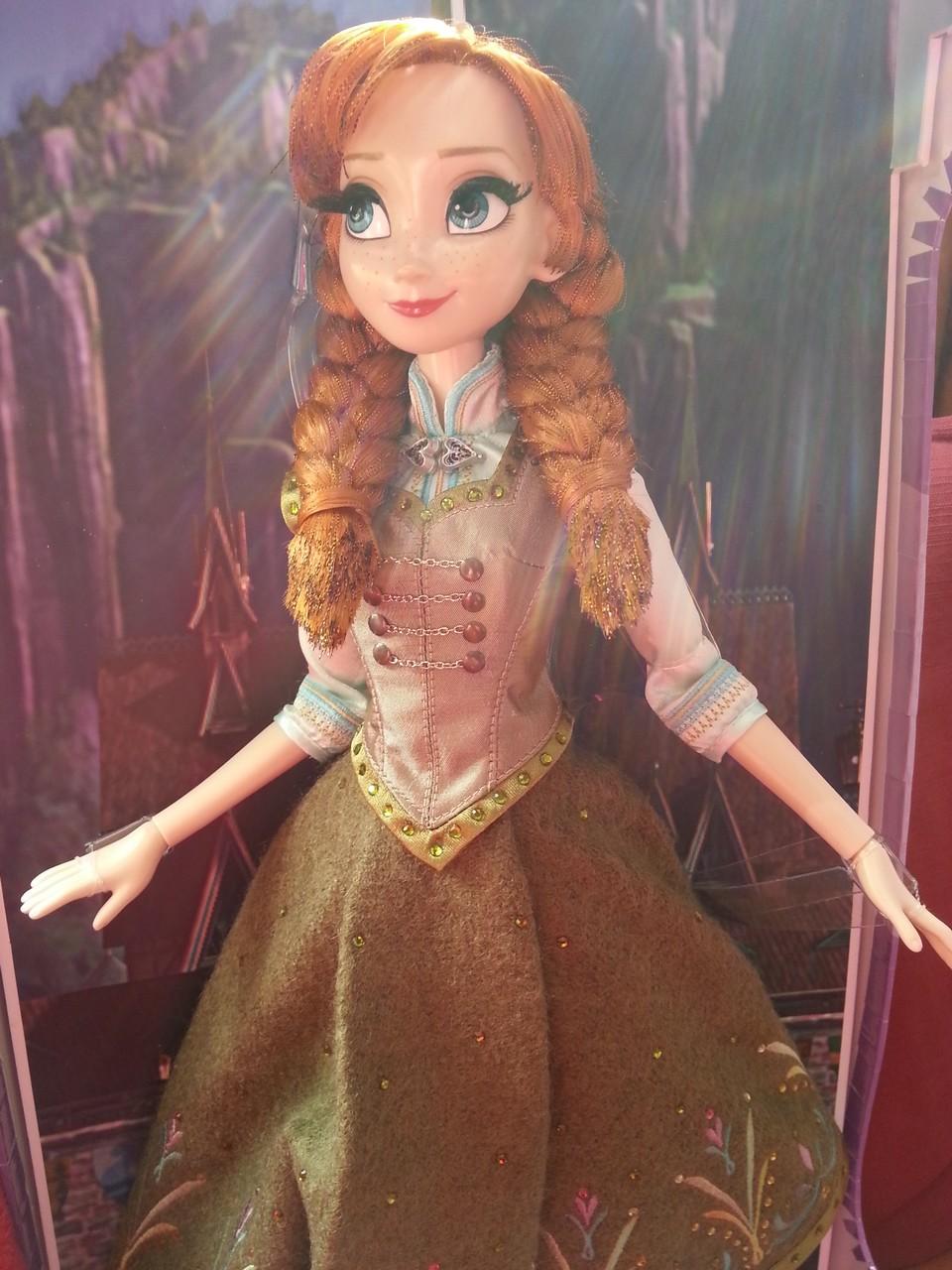 Disney Store Poupées Limited Edition 17'' (depuis 2009) 150509045935258997
