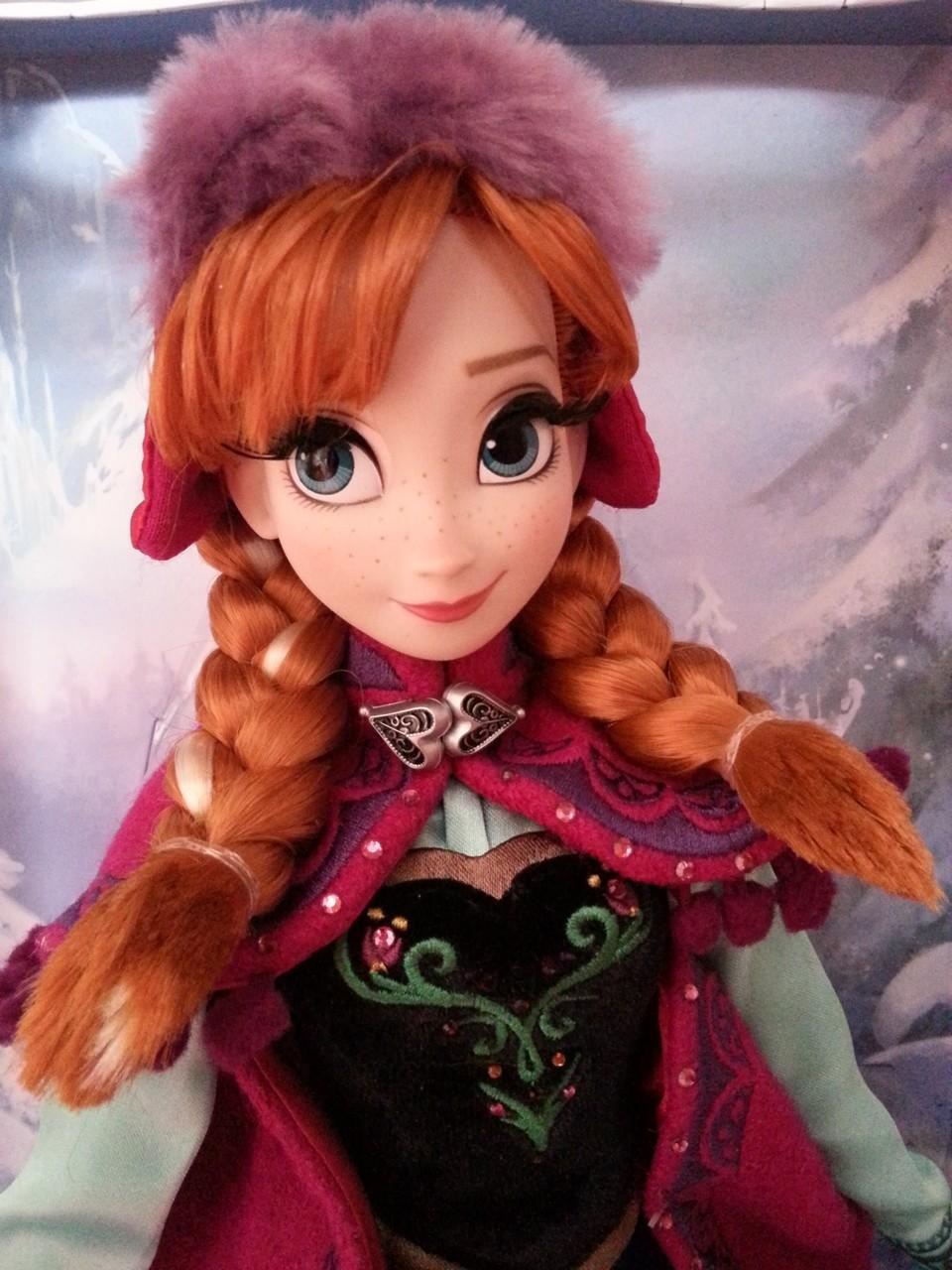 Disney Store Poupées Limited Edition 17'' (depuis 2009) 150509050315230854