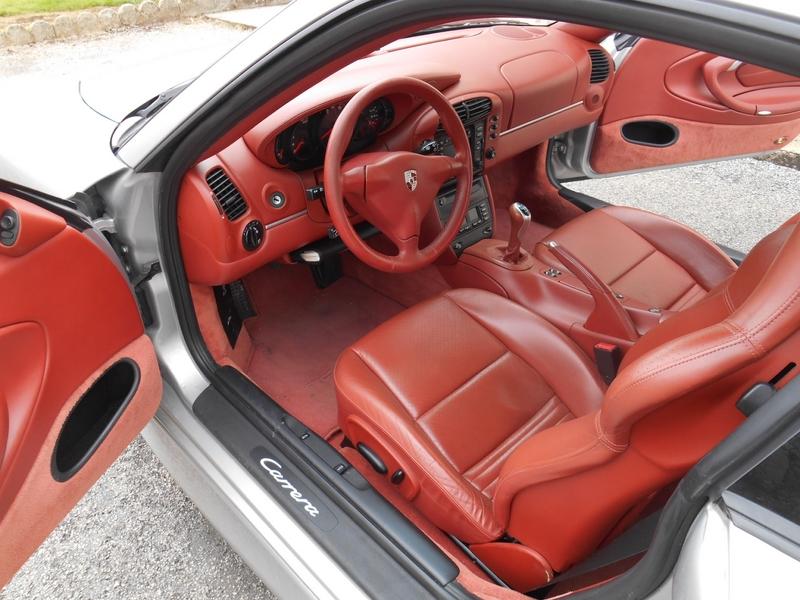 Int rieur porsche 911 type 996 detailing esthauto for Porsche 996 interieur