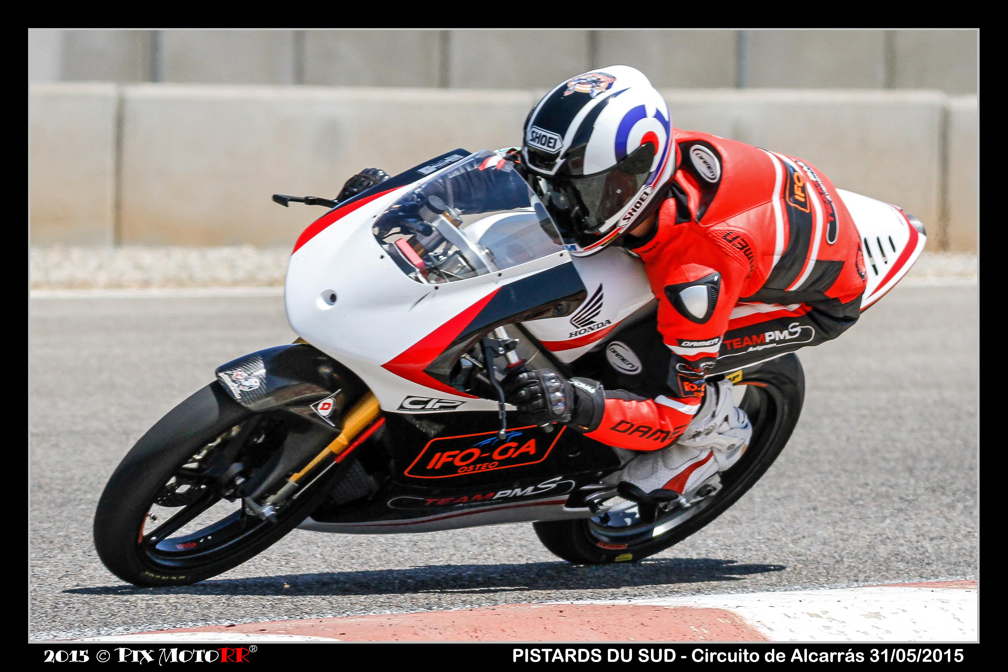 [Pit Laners en course] Mickael Coupé (FSBK Moto 3 Junior)  - Page 2 15060402201883202