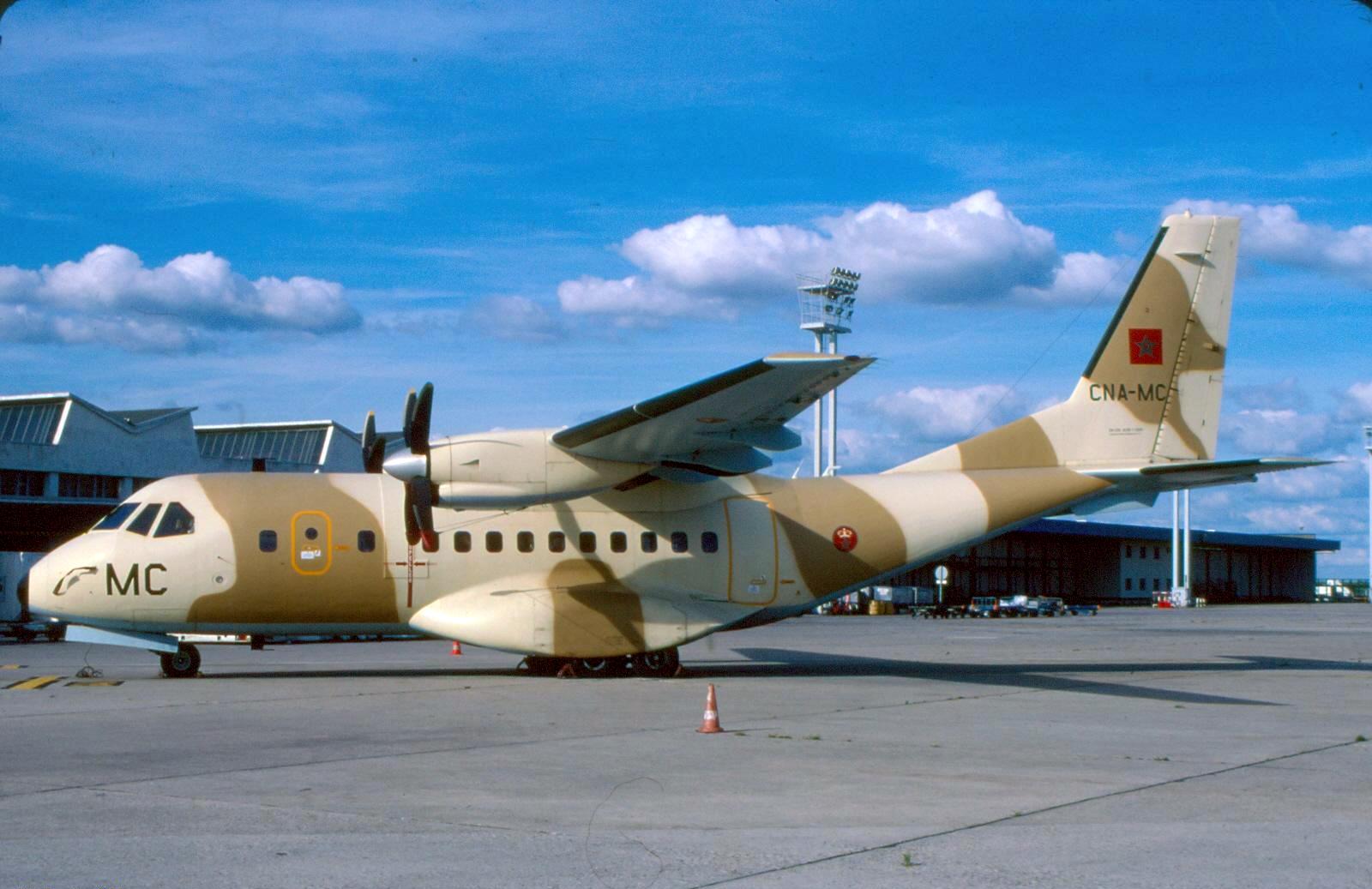 FRA: Photos d'avions de transport - Page 22 150604043720974175