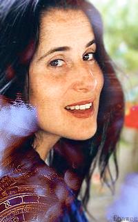 Montserrat Figueras - 200x320 150623051133154809