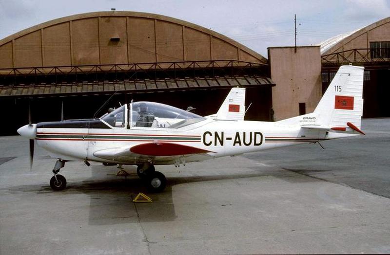 FRA: Photos avions d'entrainement et anti insurrection - Page 8 150628075219883709