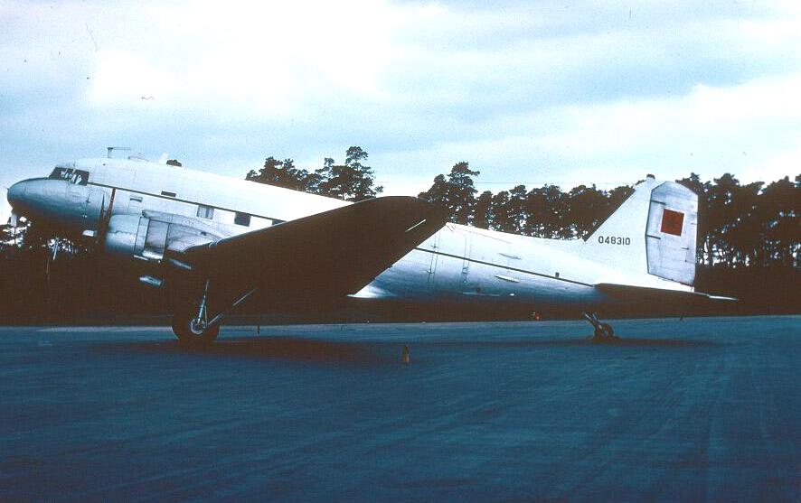 FRA: Photos anciens avions des FRA - Page 7 150707035117197479