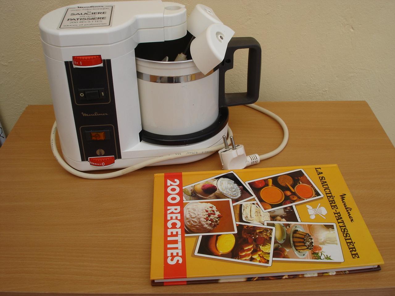 sauciere electrique de moulinex compl te le livre 200. Black Bedroom Furniture Sets. Home Design Ideas