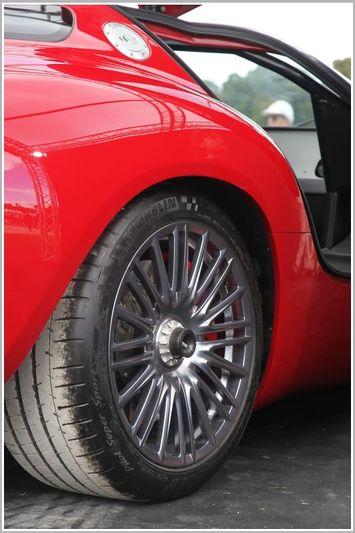 Zagato Mostro - Powered by Maserati - Pagina 2 150908081437276415