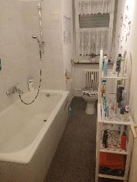 Relooking complet de ma petite salle de bain j ai besoin for Enlever humidite salle de bain