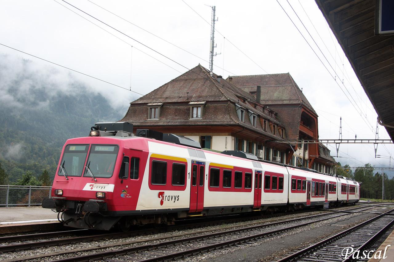 Les trains en Suisse  - Page 3 150922105723534105