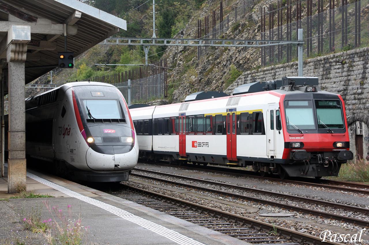 Les trains en Suisse  - Page 3 150922110037581633