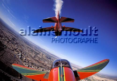 la patrouille acrobatique : la marche verte - Page 8 151005033518220051