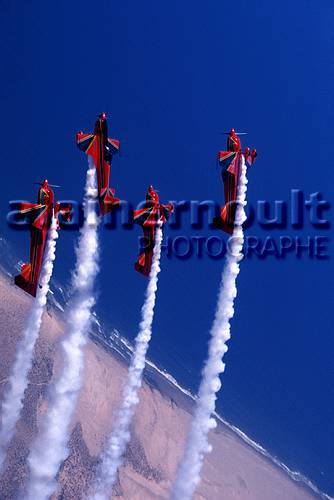 la patrouille acrobatique : la marche verte - Page 8 151005033519271902