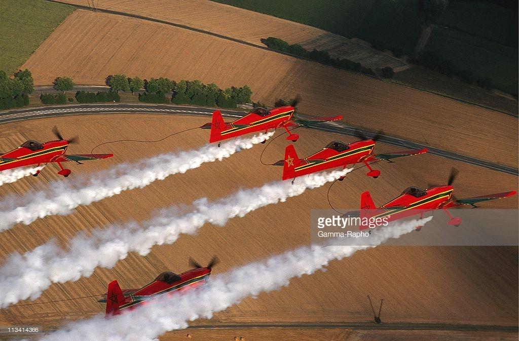 la patrouille acrobatique : la marche verte - Page 8 151005034950682853