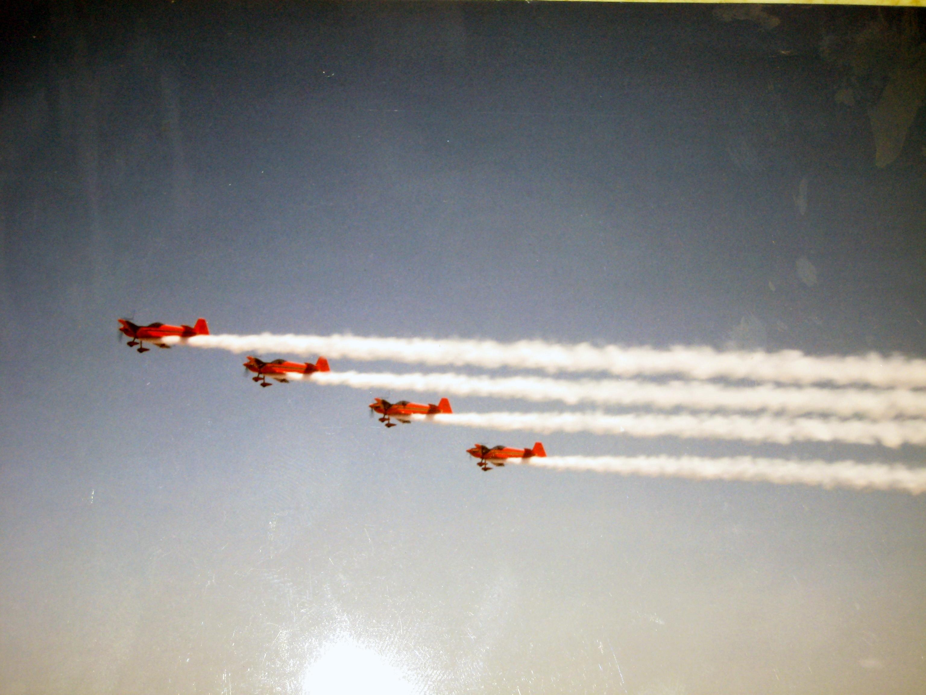la patrouille acrobatique : la marche verte - Page 8 151005043038330056
