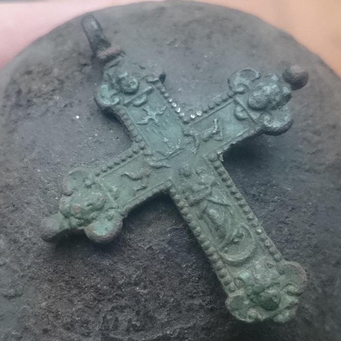Crucifijo bifaz  Inmaculada, pezuelada.  S- XVII - [Pec040/S-XVII]* 151015073117818069