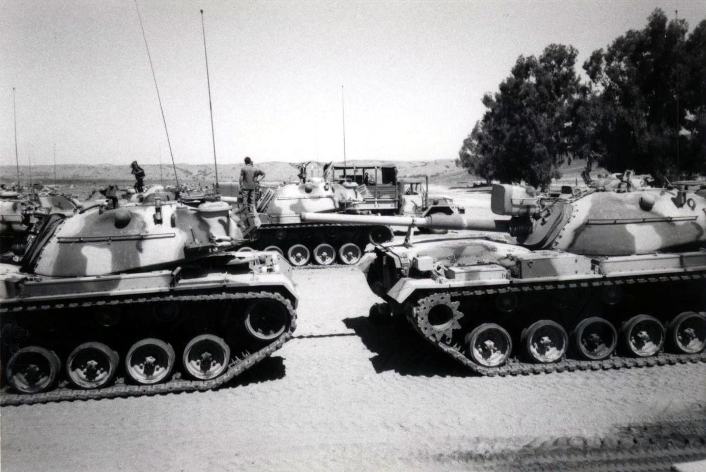 Photos - Chars de Combat / MBTs - Page 2 151129092455671247