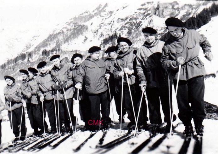 Gendarmes,secours en montagne (1956) 151130061655544870