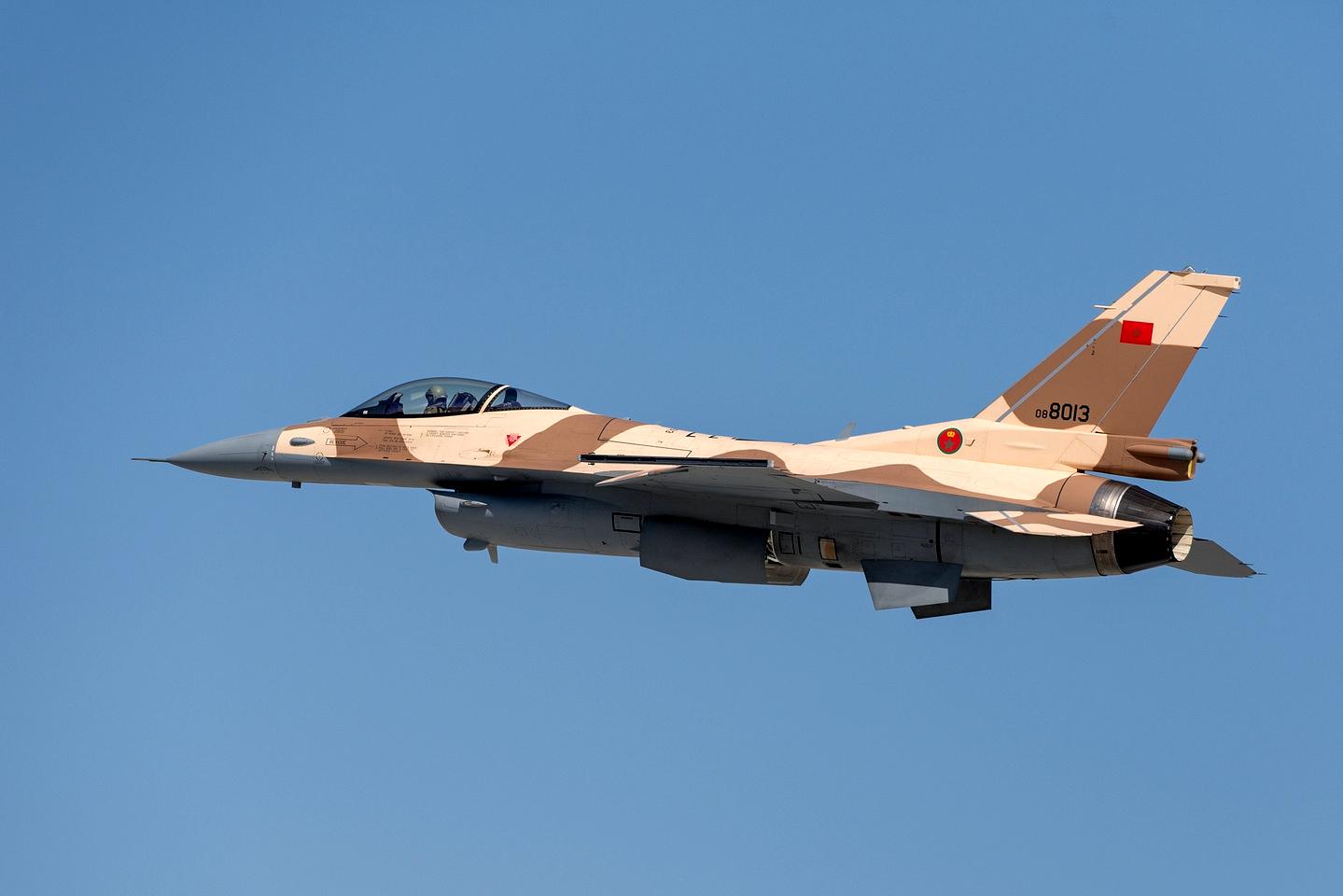 القوات الجوية الملكية المغربية - متجدد - - صفحة 2 151217035147253544