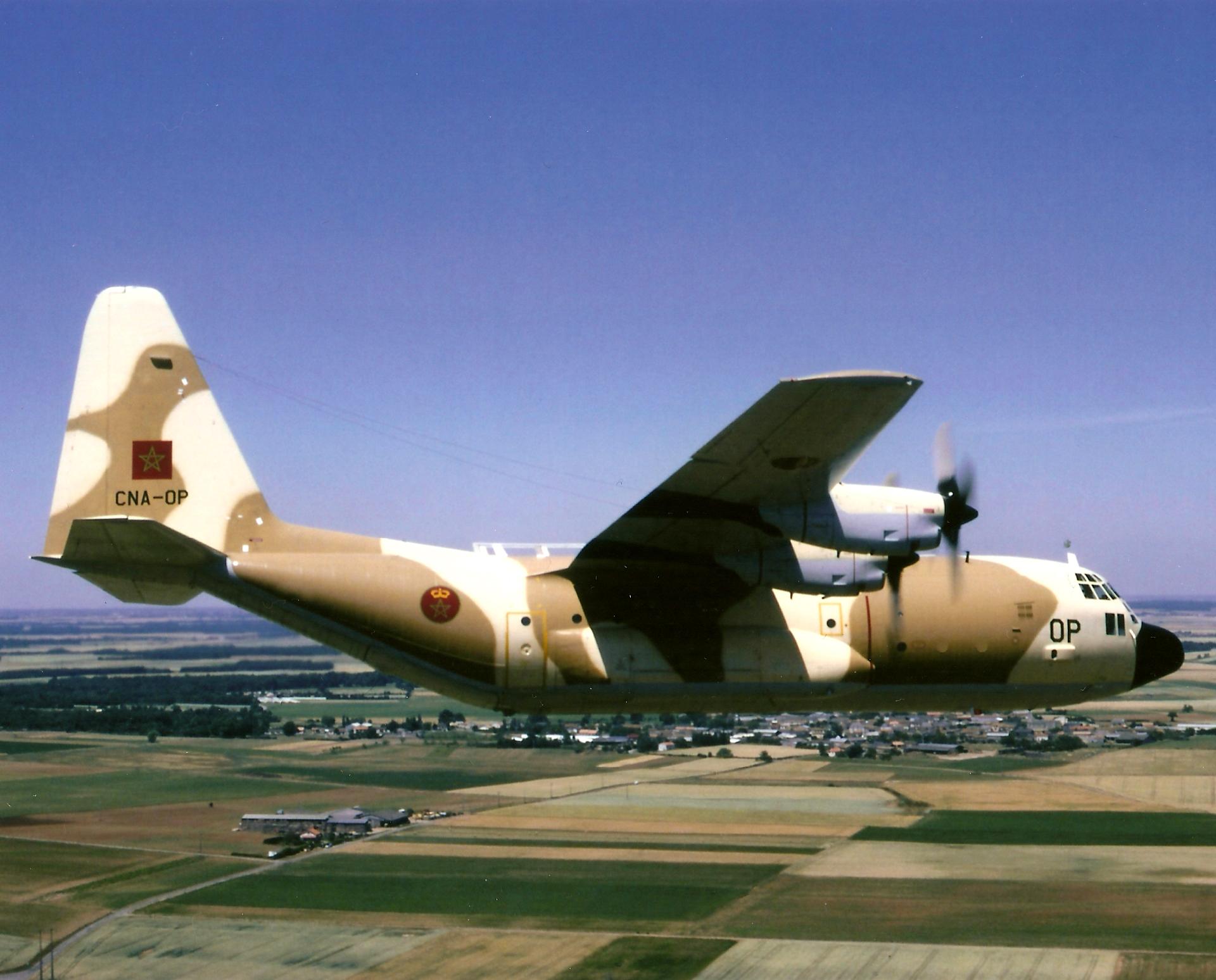 FRA: Photos d'avions de transport - Page 25 151220063917303119