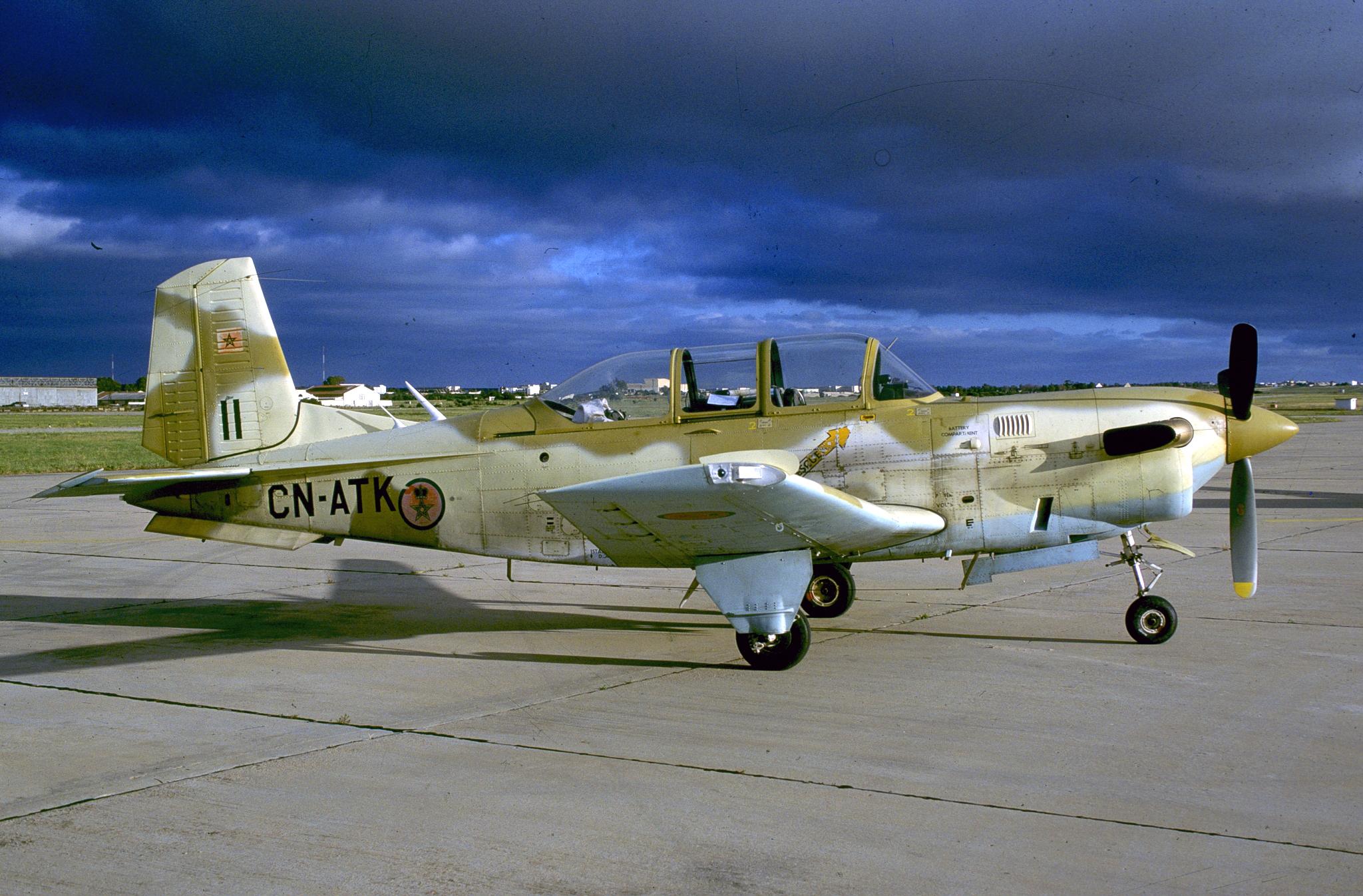 FRA: Photos anciens avions des FRA - Page 7 151226025346257276