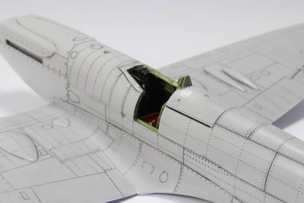 Spitfire F MK 22 , Eduard 1/48 .Limited édition ! 151229052608358946