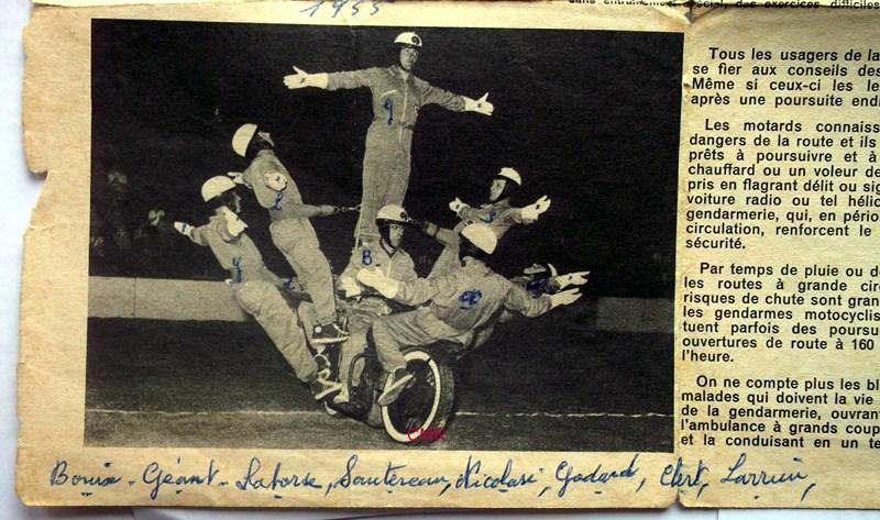 Création  des Premières acrobaties Motos en 1952 160103125826223949