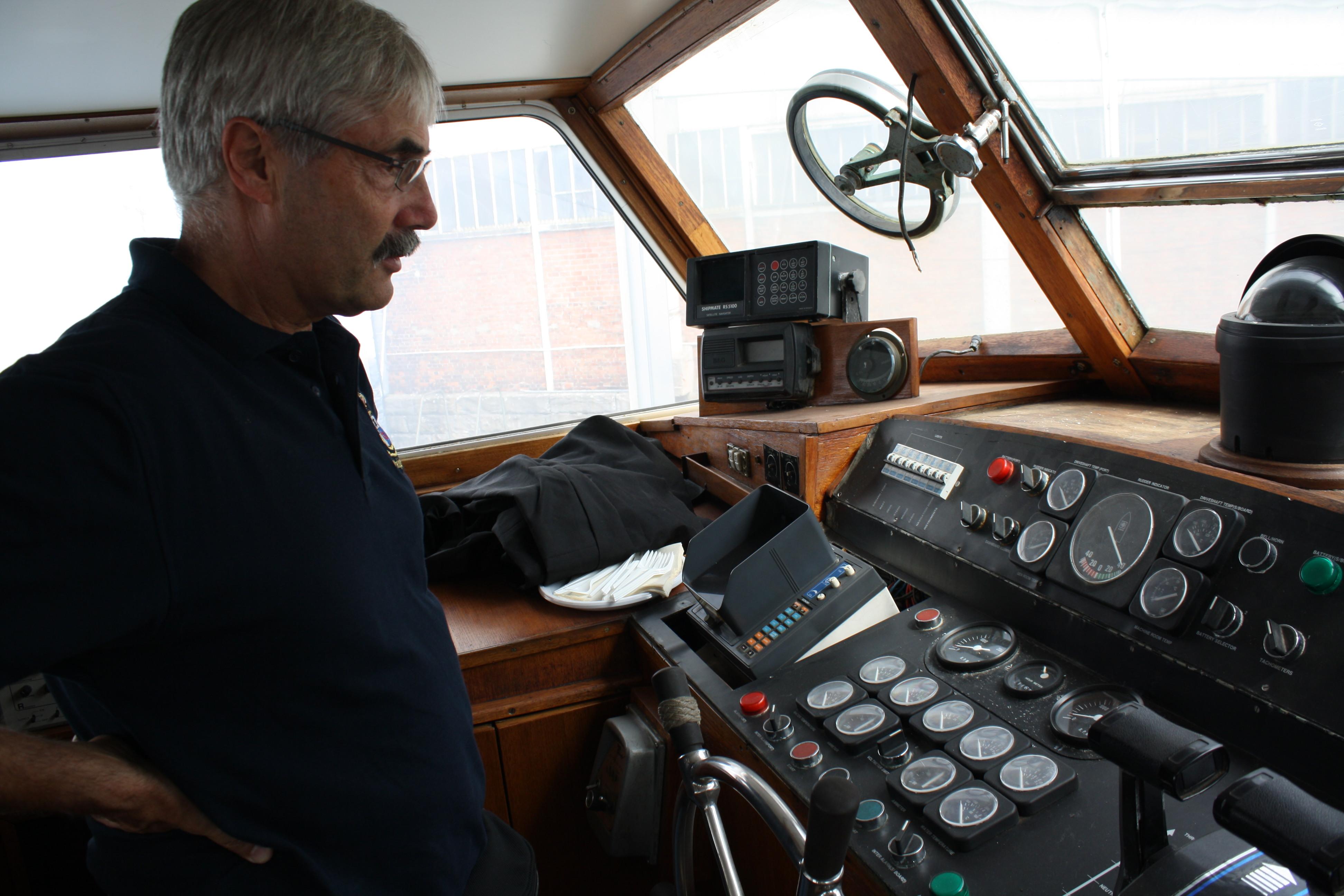 Le Yacht Royal ALPA est à vendre! - Page 5 160109054210248395