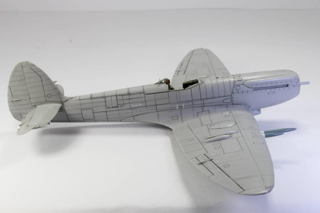 Spitfire F MK 22 , Eduard 1/48 .Limited édition ! 160111080159615567