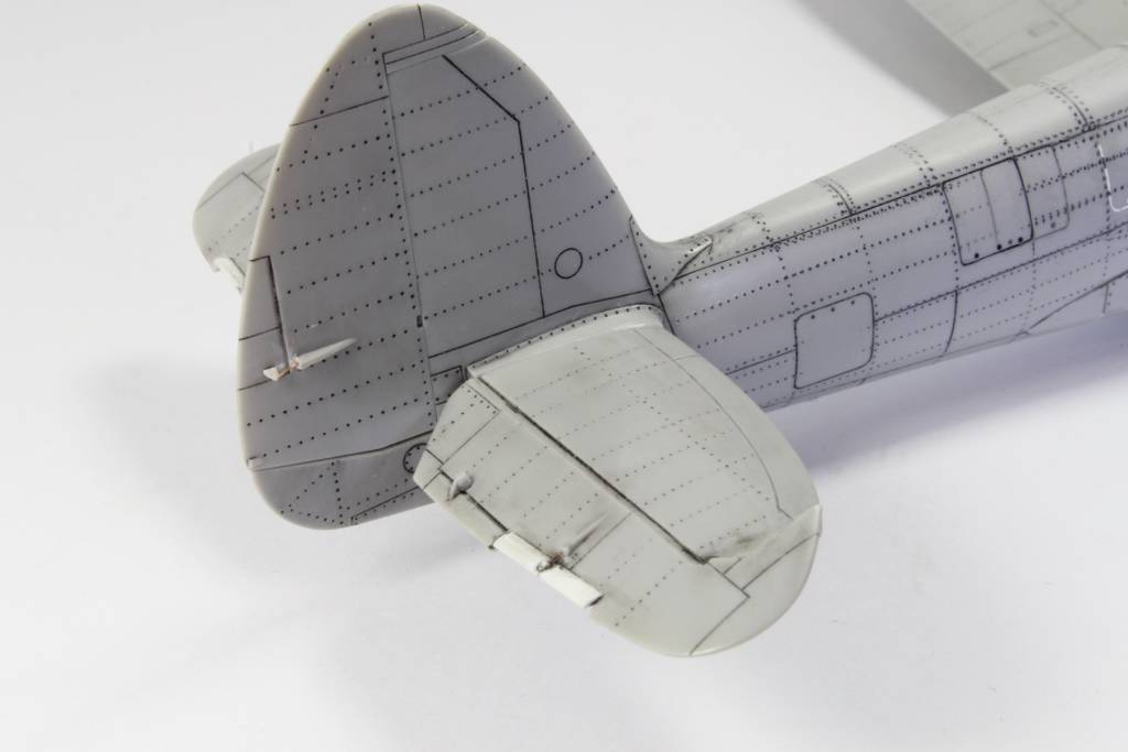 Spitfire F MK 22 , Eduard 1/48 .Limited édition ! 160111080243156289