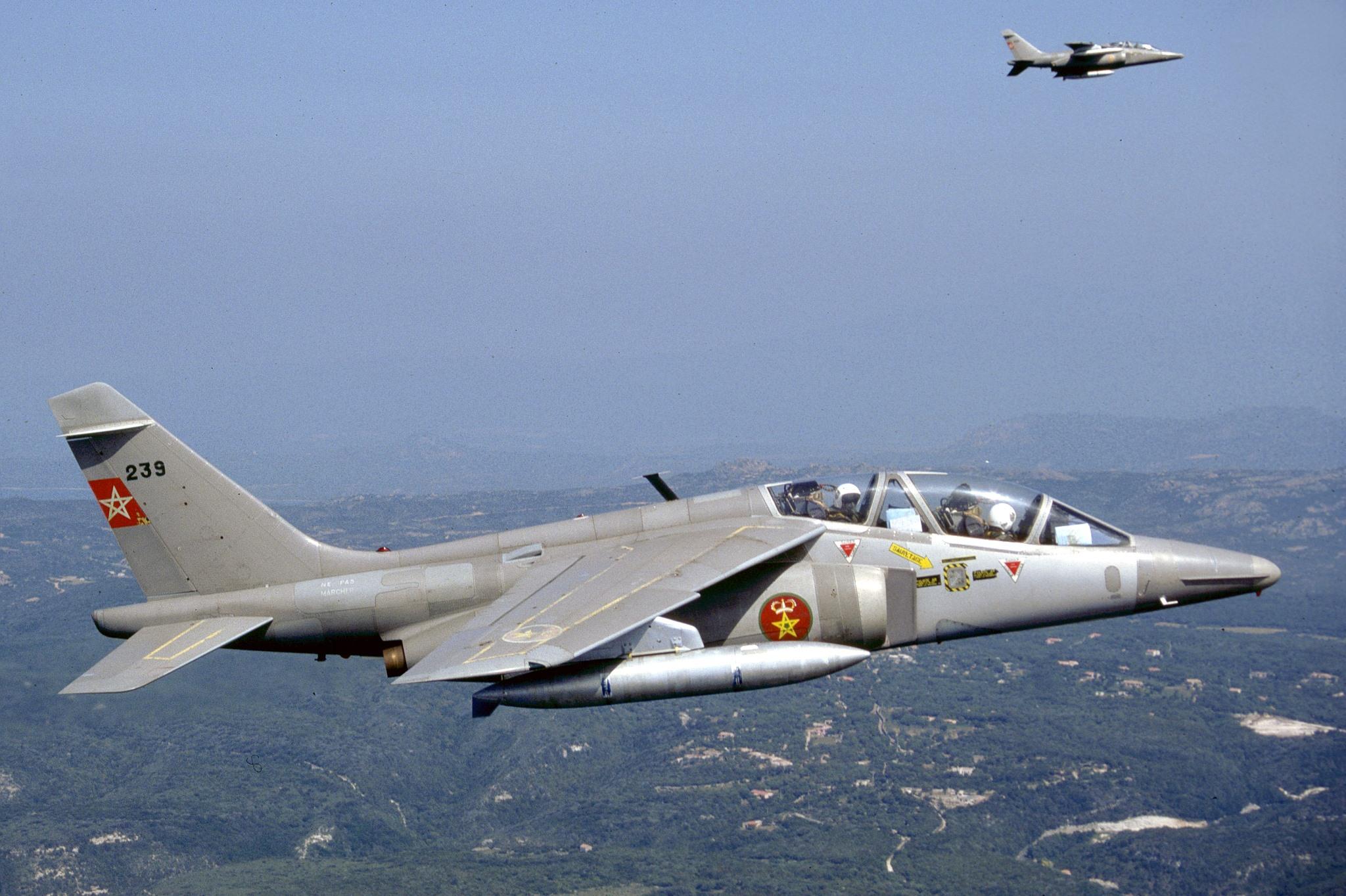 FRA: Photos avions d'entrainement et anti insurrection - Page 8 160122051512567295
