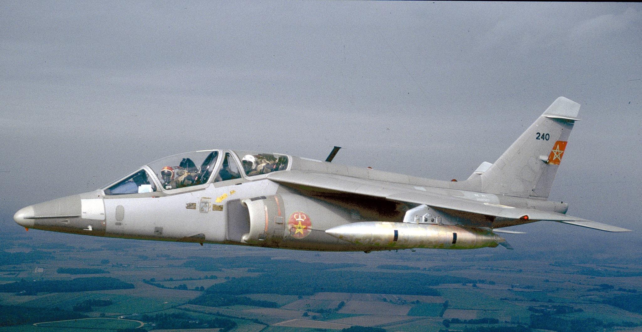 FRA: Photos avions d'entrainement et anti insurrection - Page 8 160122051513488737