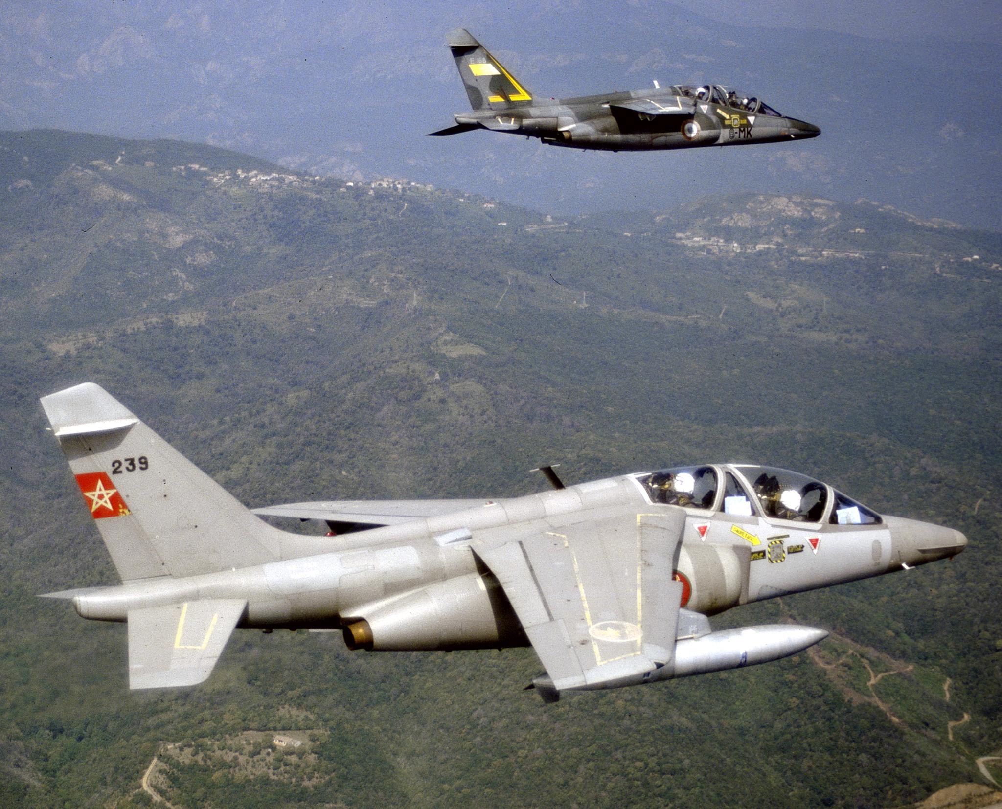 FRA: Photos avions d'entrainement et anti insurrection - Page 8 160122051519836215