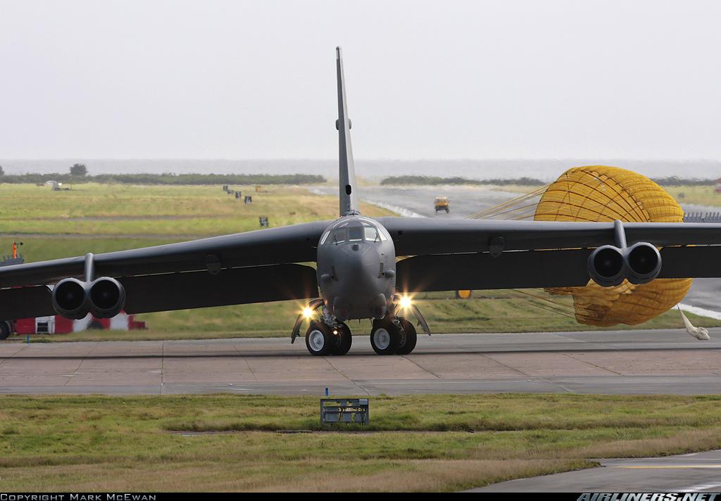 Contacts nacelles moteur et fuselage avec le sol - Page 2 160123083822543031