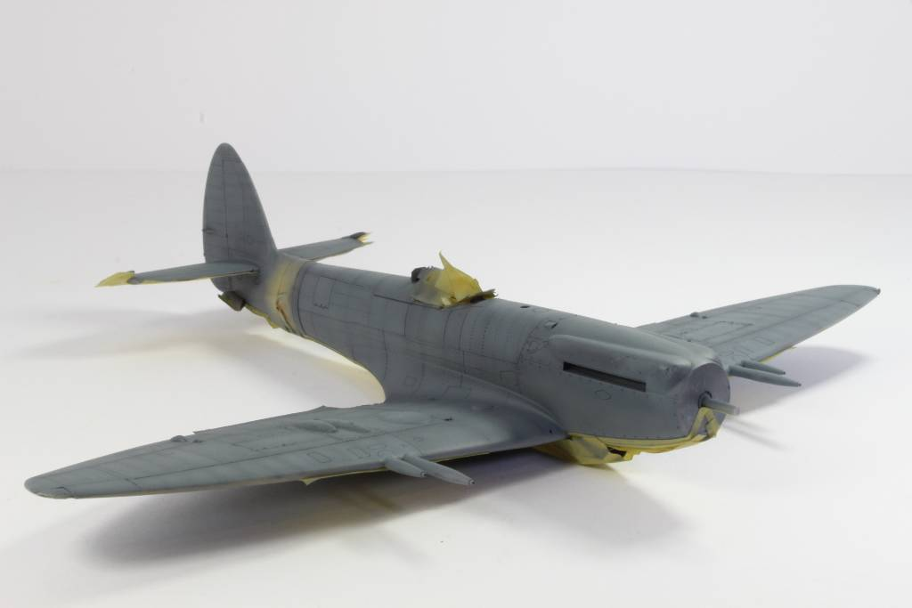 Spitfire F MK 22 , Eduard 1/48 .Limited édition ! 160124122008947160