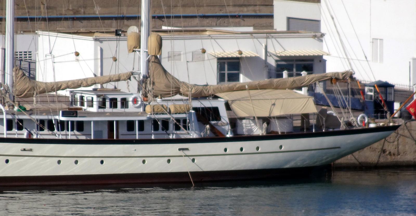 la flotte des Yachts Royals : El Boughaz I - Badis 1 - Page 2 160131063534969599