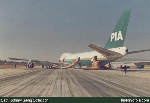 Contacts nacelles moteur et fuselage avec le sol - Page 3 1602050739327940