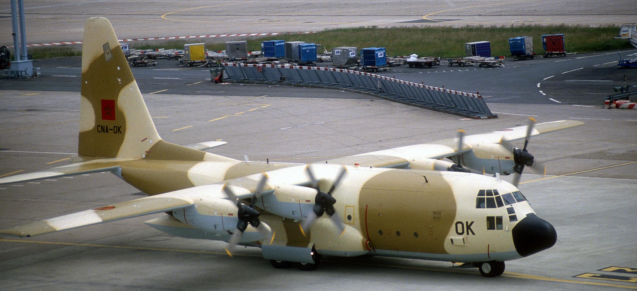 FRA: Photos d'avions de transport - Page 25 160217031302403423