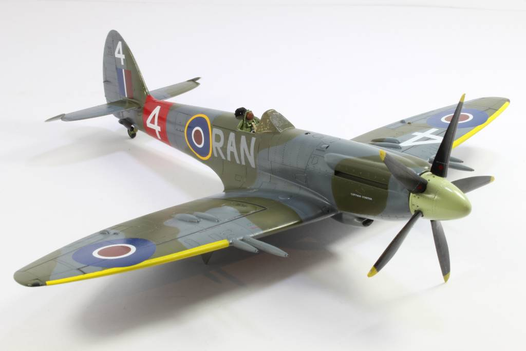 Spitfire F MK 22 , Eduard 1/48 .Limited édition ! 160227090757313472