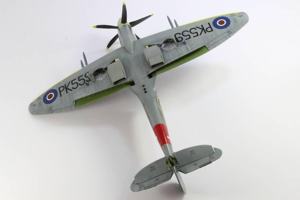 Spitfire F MK 22 , Eduard 1/48 .Limited édition ! 160227091015762327