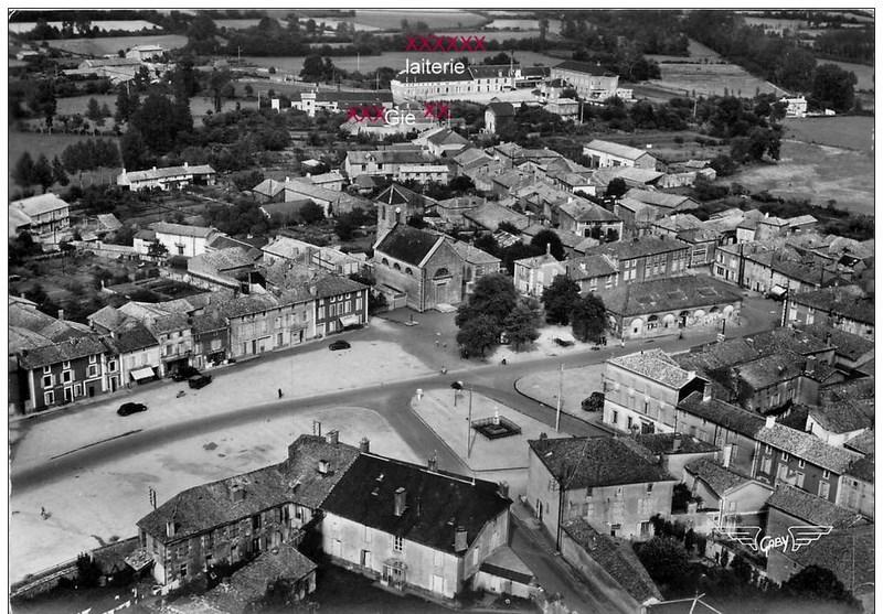 mon enfance ,en brigade à Lezay(79)en 1956 - Page 2 16031406413732832