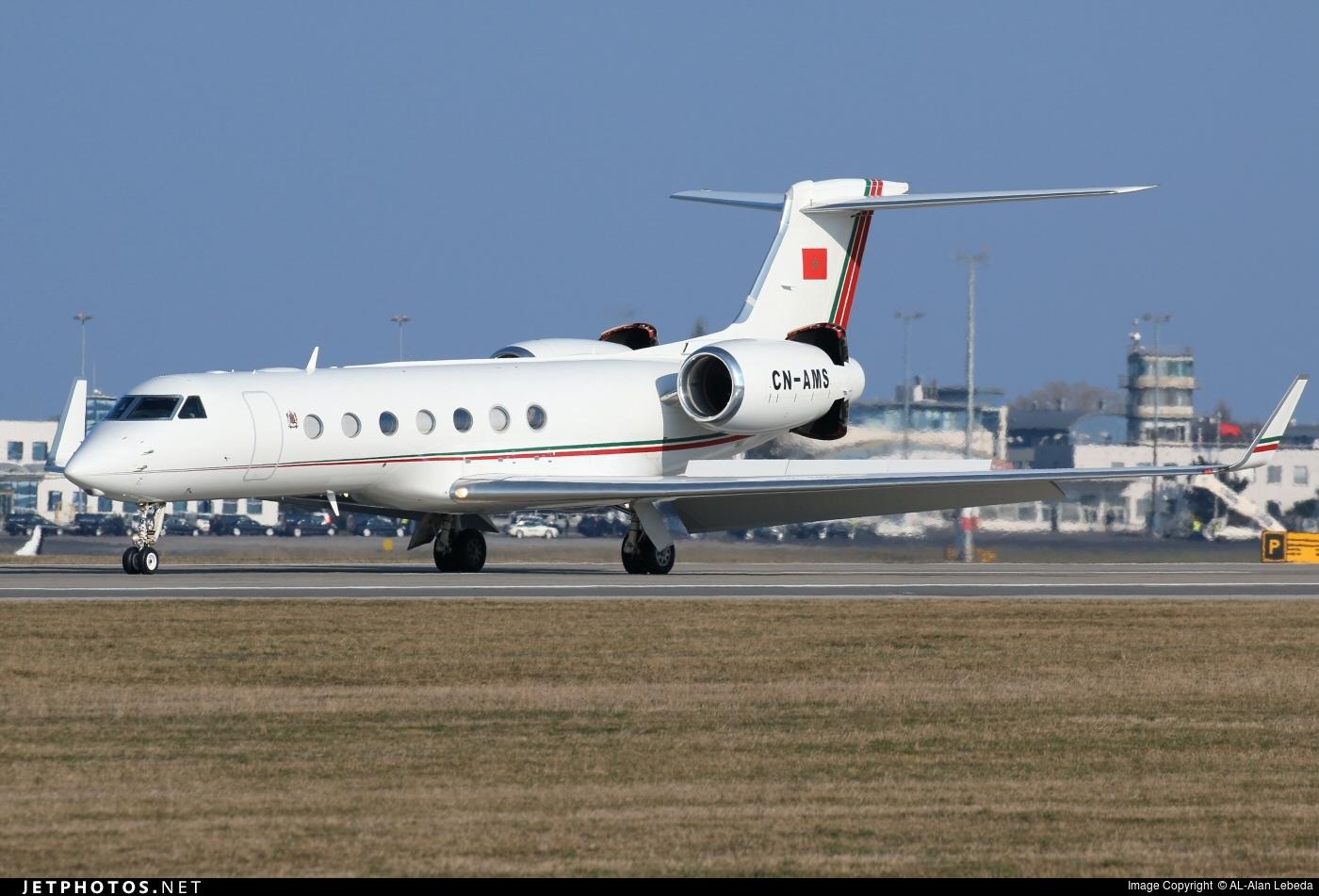 FRA: Avions VIP, Liaison & ECM - Page 13 160401020733804873