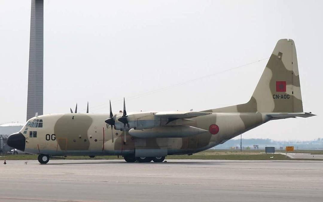FRA: Photos d'avions de transport - Page 27 160401045511419853