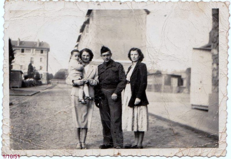 mon enfance ,à la Garde  Républicaine,au 1er GBGR à Satory (78) 160412054754622826