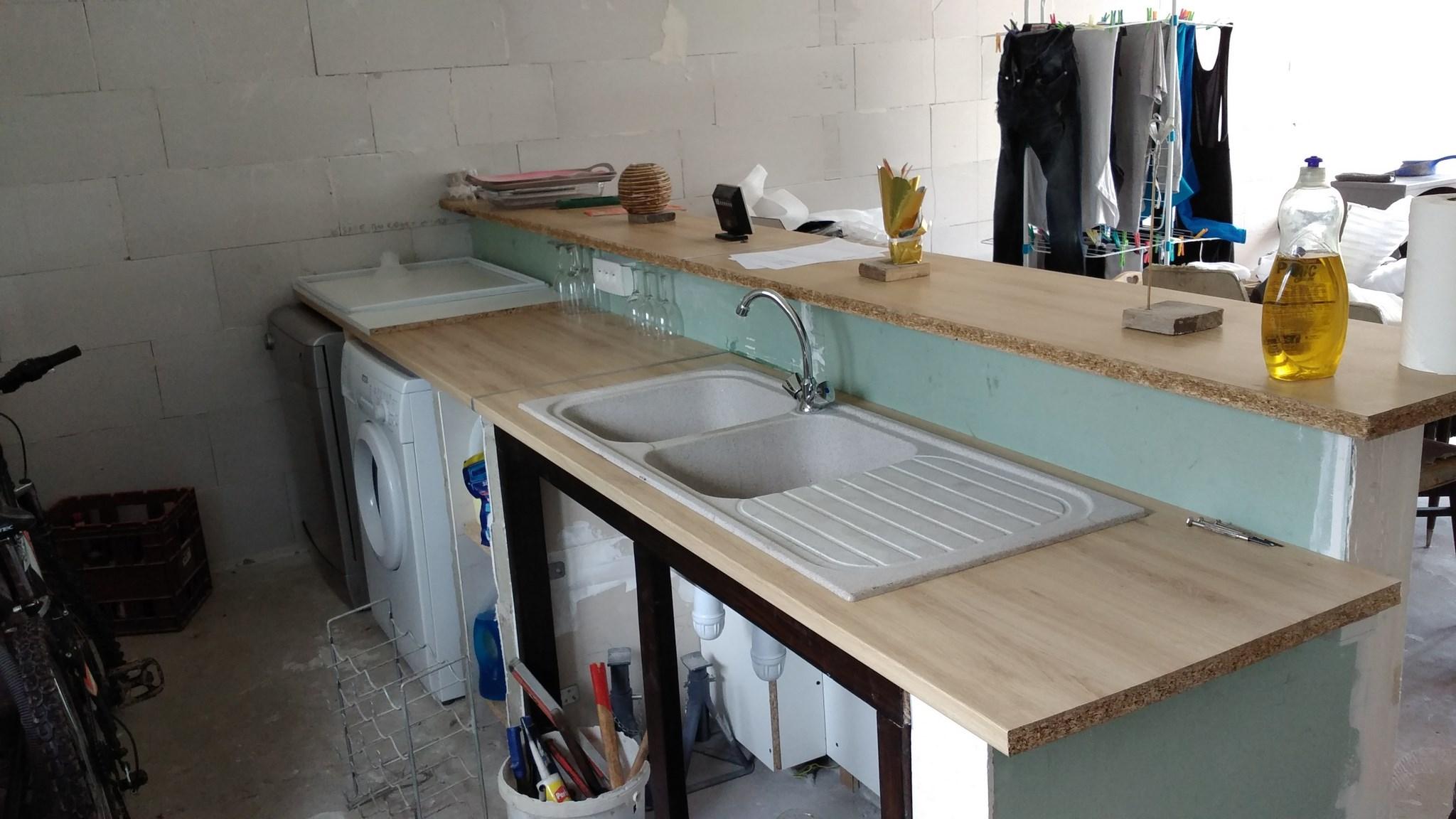 Plan De Travail Avec Jambage plan de travail à fixer sur muret pour cuisine americaine