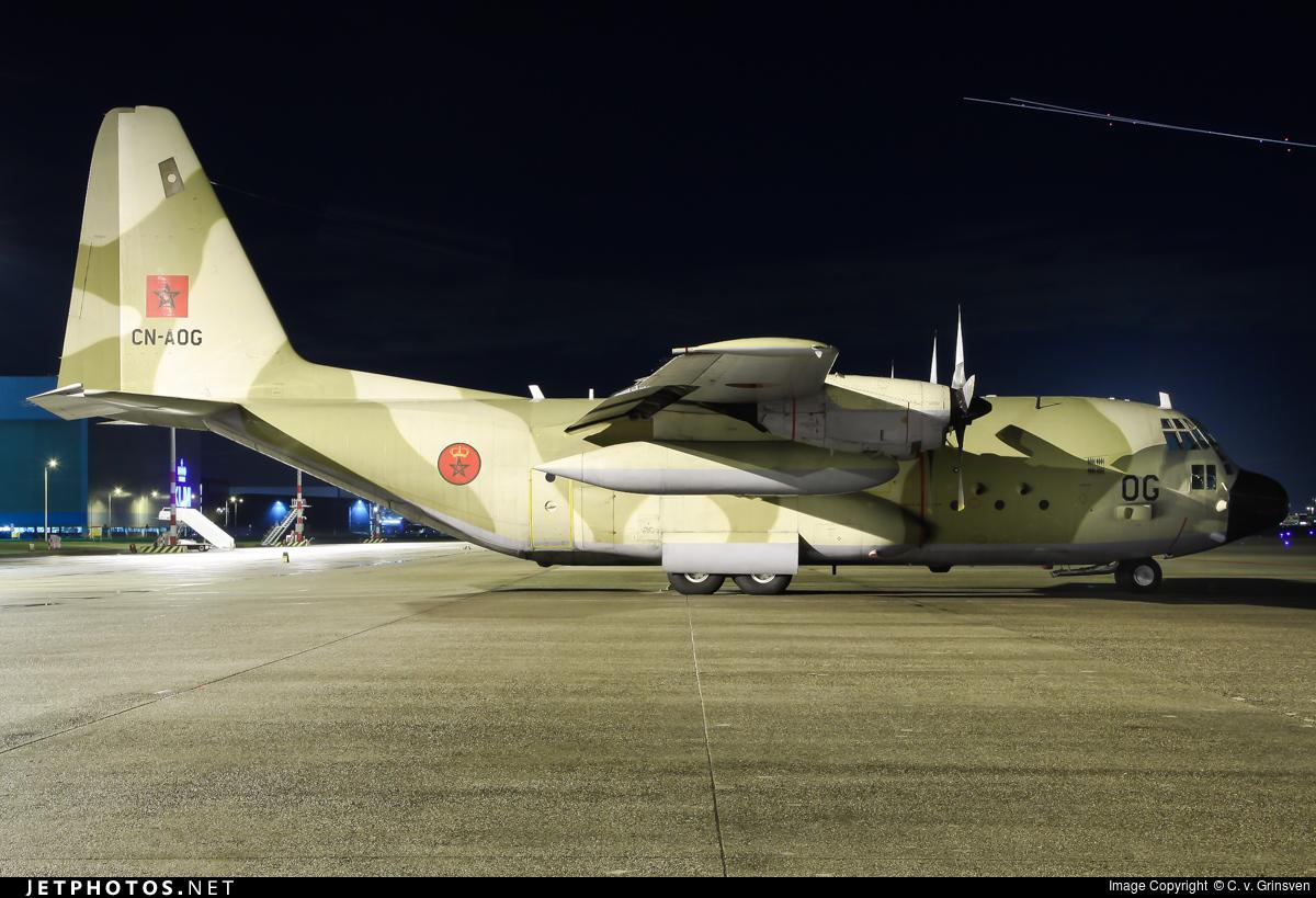 FRA: Photos d'avions de transport - Page 27 160414033340145905
