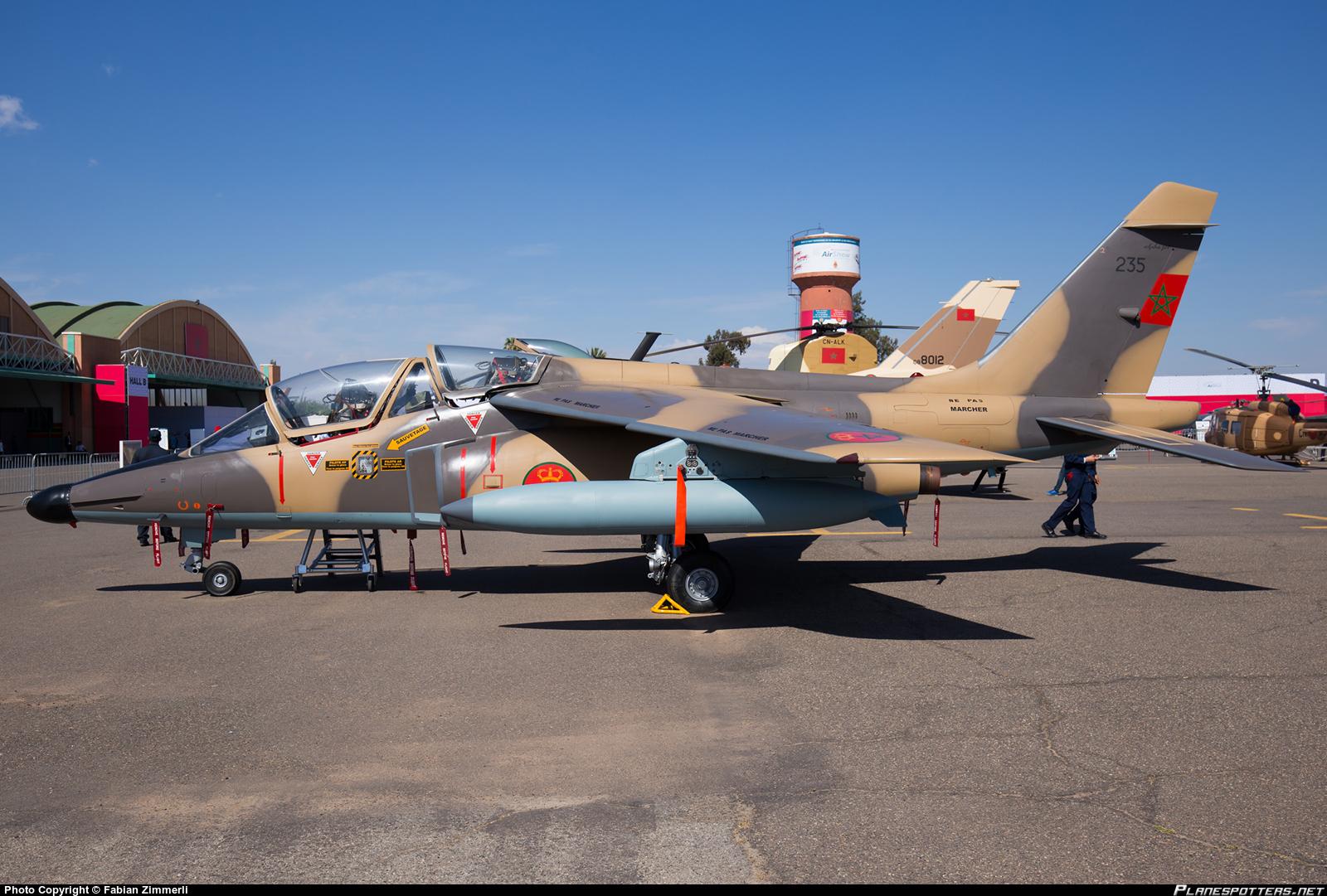 FRA: Photos avions d'entrainement et anti insurrection - Page 8 160516071004186011