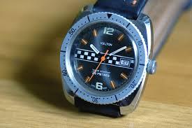 comment enlever la lunette de cette montre kelton ? 160530015056105674