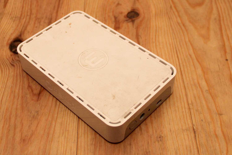recherche caract ristique d 39 un transformateur de disque dur externe. Black Bedroom Furniture Sets. Home Design Ideas